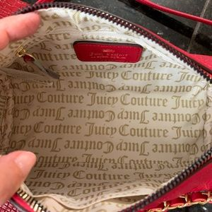 Juicy Couture Bags - Juicy Couture Barrel Bag